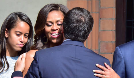 Michelle Obama pushes health food diet in Milan