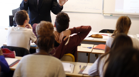 French schools move to ban 'teeth-sucking'