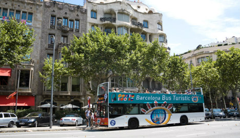 Barcelona tourists flee after stealing tour bus