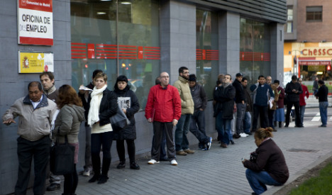 May marked record drop in Spain's unemployed