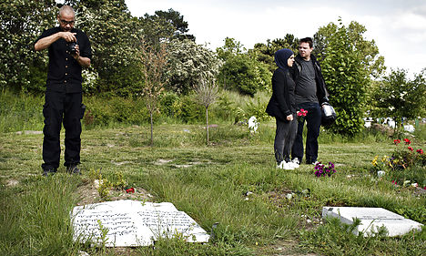 Calls for unity in wake of Muslim cemetery attack