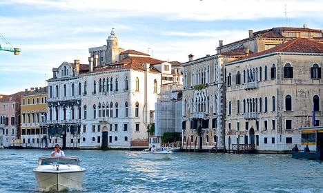 Man's body found floating in Venice canal