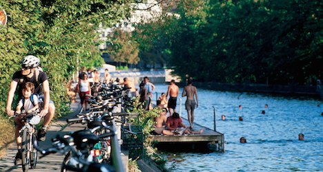 Two foreigners found dead in Zurich river