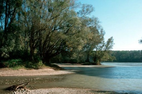 Austria's most beautiful spots for lake and river swimming