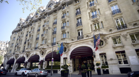 Airbnb poses challenge to Paris's luxury hotels