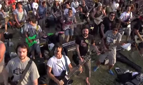 Foo Fighters pledge Italy visit after viral video