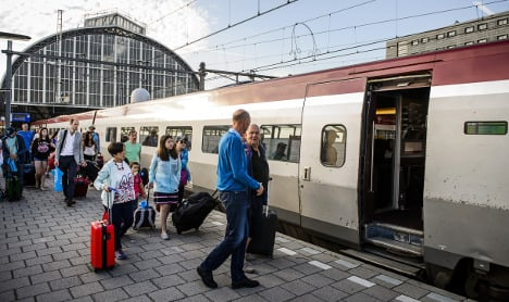 French minister calls for tougher train security