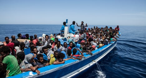 At least 30 people feared drowned in Med