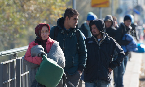 Germany limits refugee access from Austria