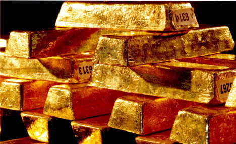 Germany counts gold to calm conspiracists