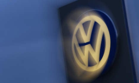 Troubled VW cuts annual investment by €1 billion