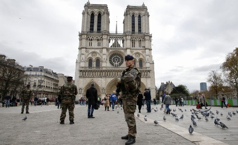Christmas: Security tight at churches in France