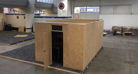Wood huts to replace Ikea refugee shelters