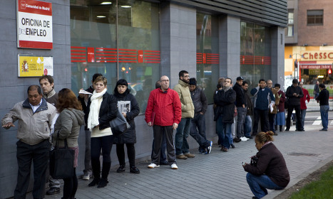 As Spanish polls near, the disillusioned jobless struggle on