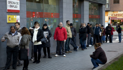 Spain's unemployment sees largest annual decline ever during 2015
