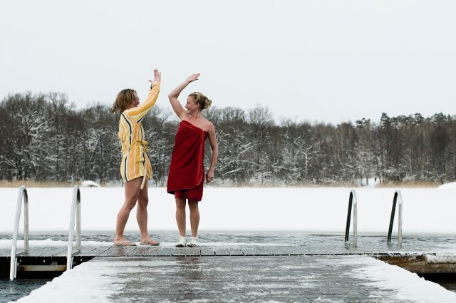 11 ways to fake being a true Swede in winter