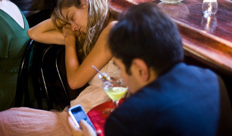 Could technology be killing off Spain's sociable mealtimes?