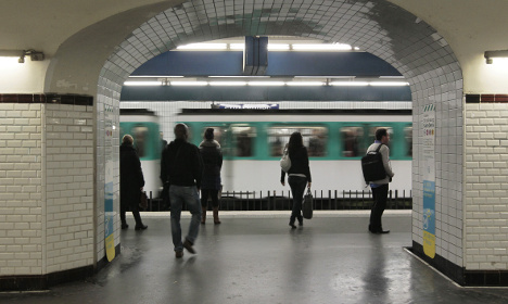 So which is the least reliable train line in Paris?