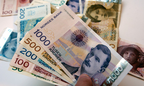 Norway man finds 325,000kr in new home's fireplace