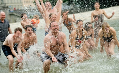 Munich's Isar river 'being killed by partying'