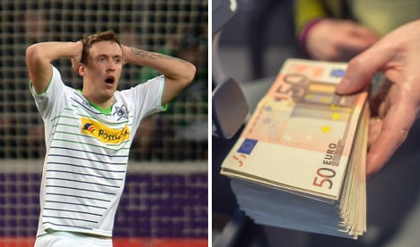 Careless footballer fined for leaving €75,000 behind in taxi