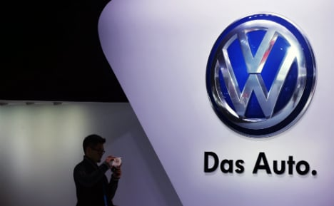 Volkswagen to pay out billions to avoid court