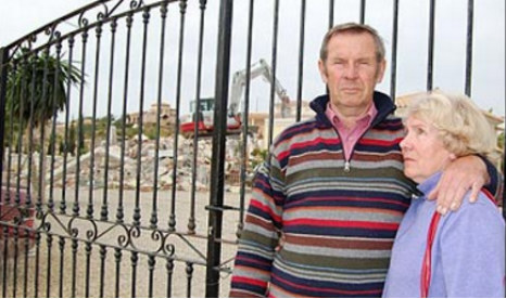 Expat couple win 'hollow victory' over house demolition