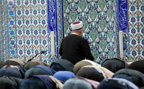 Merkel party calls for state to spy on mosques