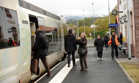 France sees nearly 100 trains cancelled each day
