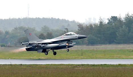 Denmark extends Isis fight into Syria