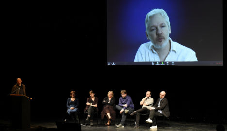 Celebs mark Assange's fifth year in embassy