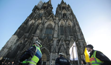 Russian hooligans arrested for beating tourists in Cologne