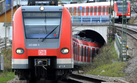 Munich man collared by cops after offering to clean station