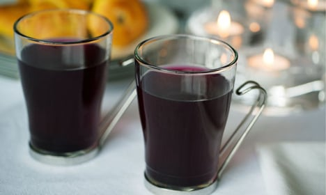 How to make super tasty Swedish blueberry cordial