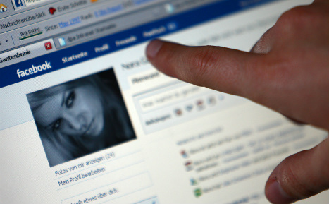 Most Germans in favour of compulsory real names online