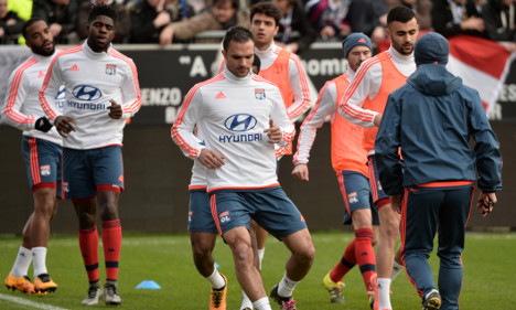 French football team flees violence in Turkey