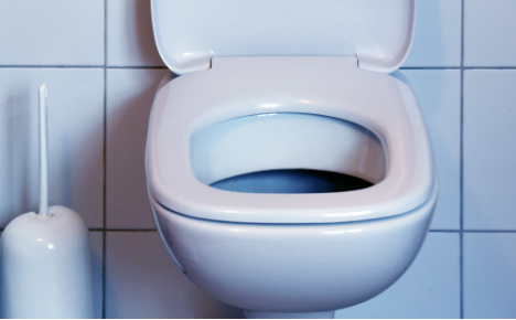 Free peeing on Autobahn must be legal right: Left Party