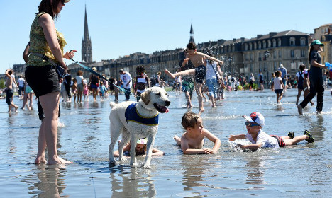 Heatwave warnings extended as sun scorches France