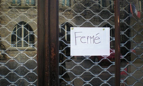 French café risks (another) €190k fine for holiday closure