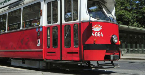 Man hit by tram during fight between Chechens and Turks