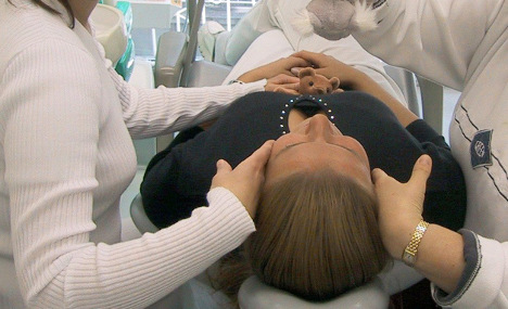 How German dentists use hypnosis to fix your teeth