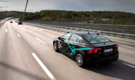 Volvo forms driverless car venture with Swedish partner
