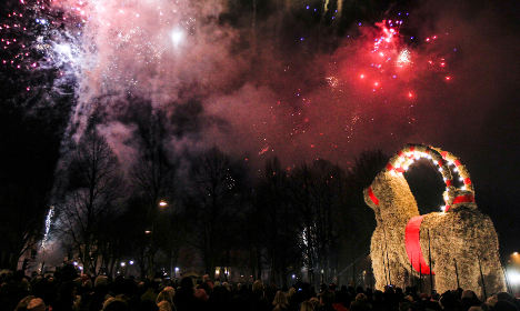 Swedes rally to protect arson-prone yule goat