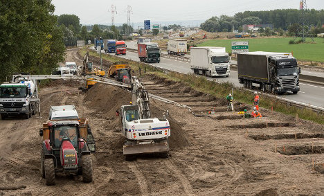 IN PICS: Work begins on anti-migrant 'Great wall of Calais'