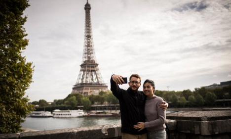 Paris tourism workers to get English lessons