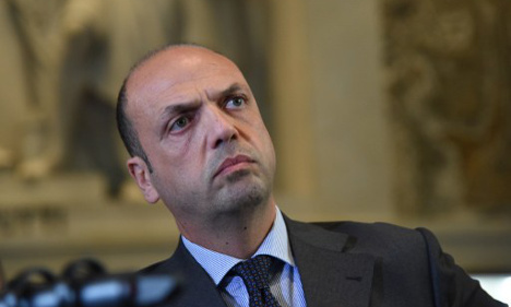 Italy expels five for 'jihadist messages' on Facebook