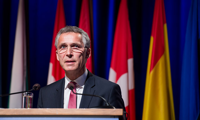 Nato chief warns US against 'going it alone'