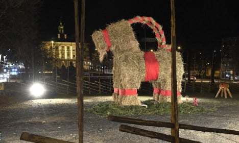 No fire, but: Gävle's baby yule goat run over by car