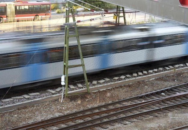 Three injured in knife fight on Stockholm train