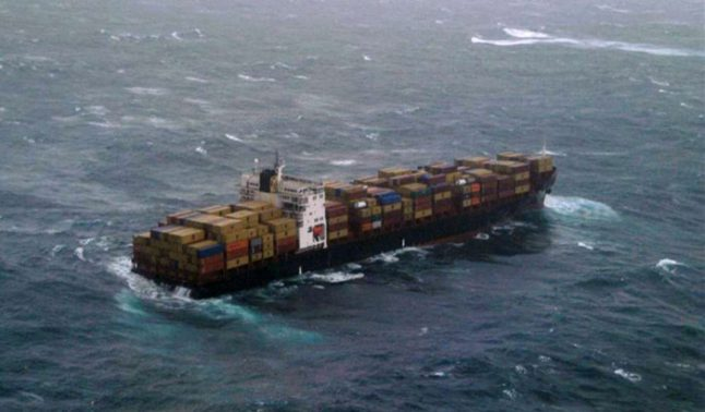Did a ship's anchor knock out power between the UK and France?